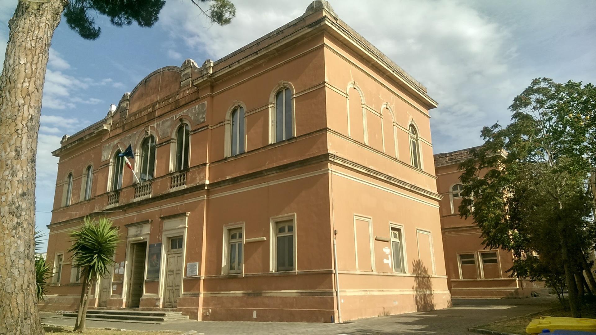 Progetto Definitivo ed Esecutivo di Riqualificazione di un Edificio Scolastico - ALEZIO (LE) Italy